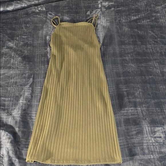 Forever 21 Dresses & Skirts - Forever 21 military green bodycon dress